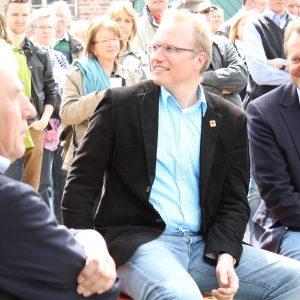 Jochen Ott (mitte) mit OB Jürgen Roters und MdB Martin Dörmann (rechts), Heidetag 2013